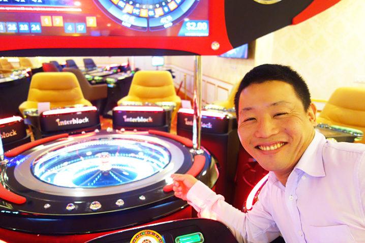 Список зарубежных казино игровые автоматы 2004года бесплатно